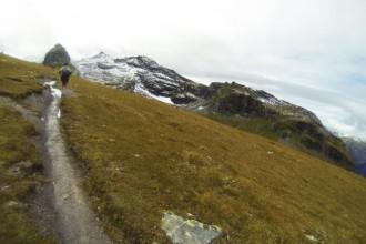 Auf dem Grat entlang