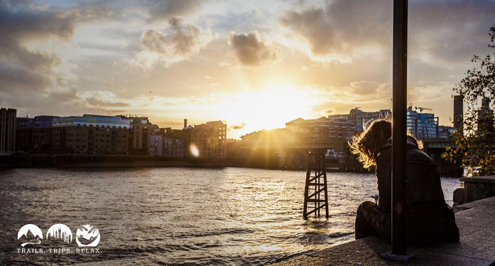 Sonnenuntergang an der Themse