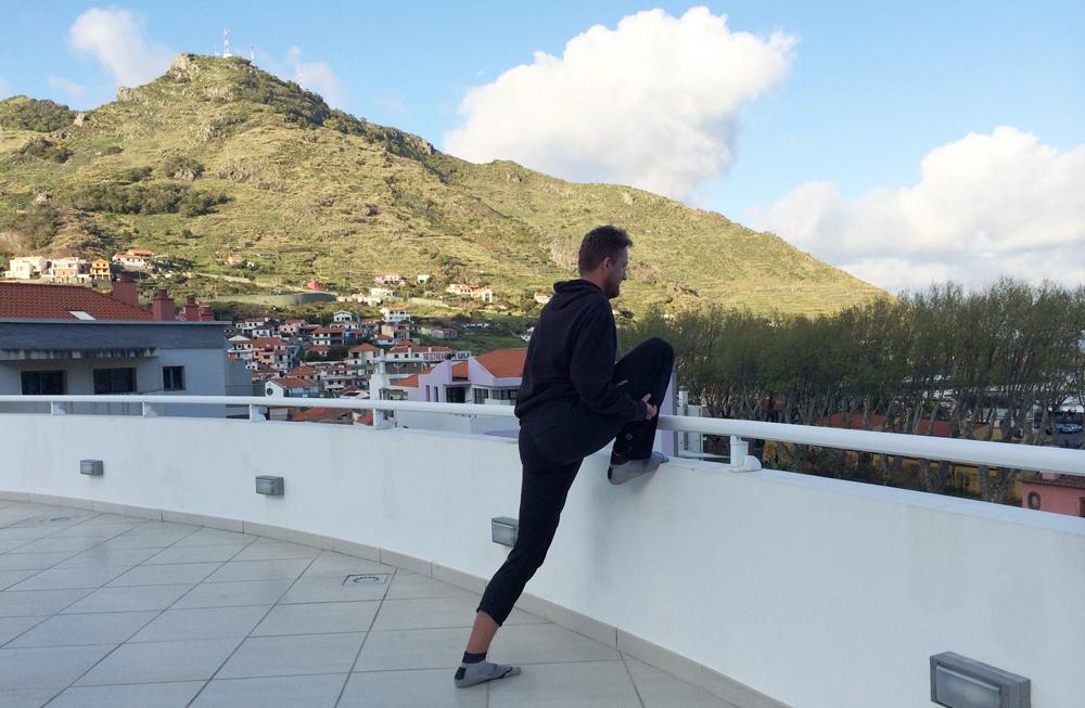 Auf dem Dach dehnen