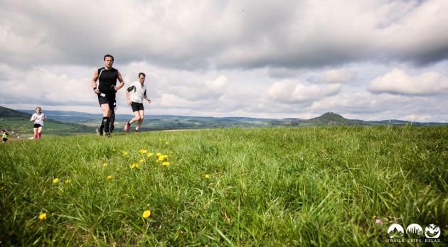 Läufer vor dem Hohenhewen