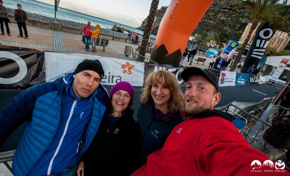 Ingo (WG-Partner), Simone, Katja und ich. Claudi und Kuno sind noch unterwegs gewesen