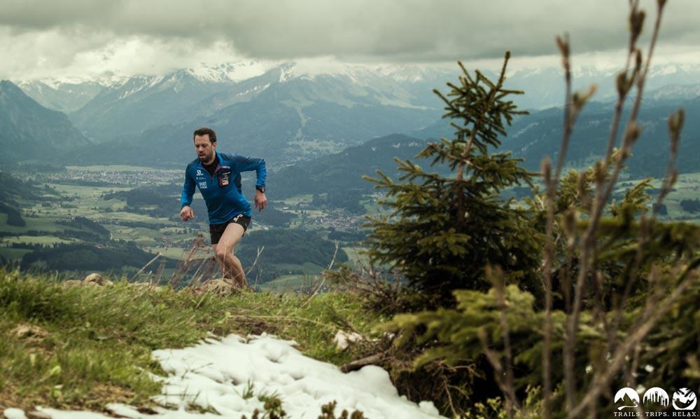 Trail running mit Blick bis Oberstdorf