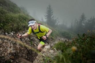 Uphill im Nebel