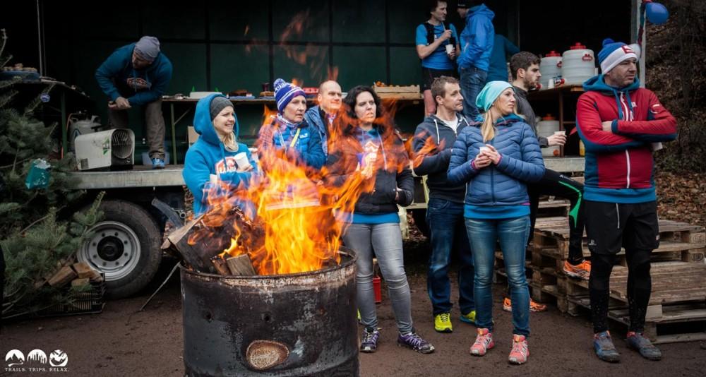Wie im Ghetto :-) eine warme Feuerstelle. Wunderbar nach dem Lauf