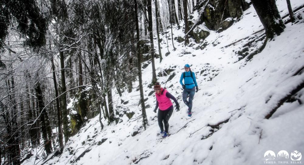 Downhill im Schnee