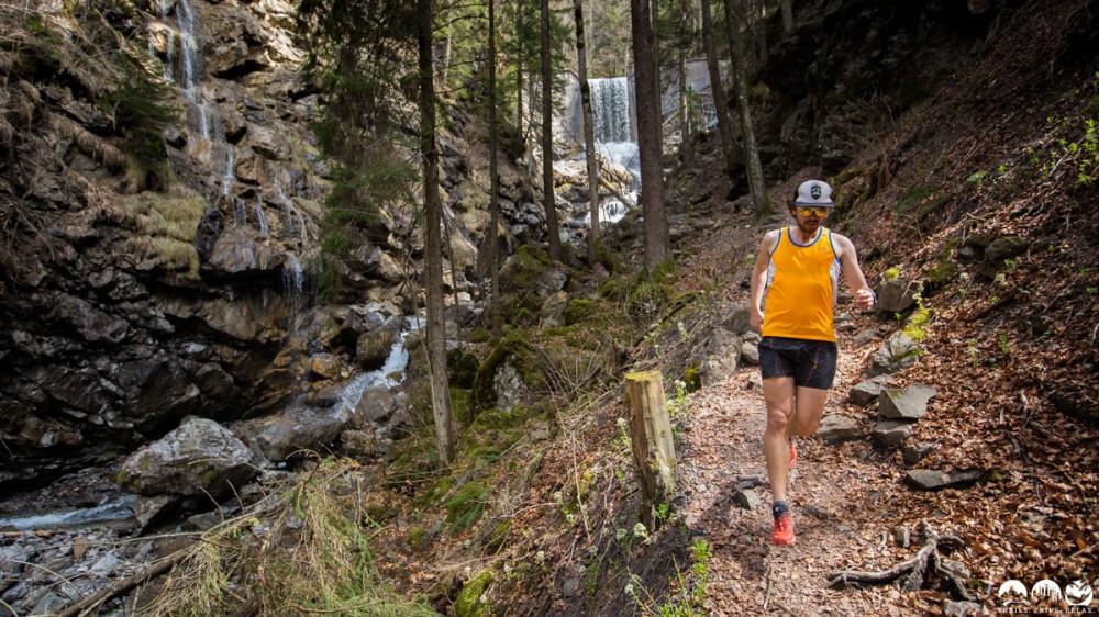 Florian auf dem Trail durch den Faltenbachtobel