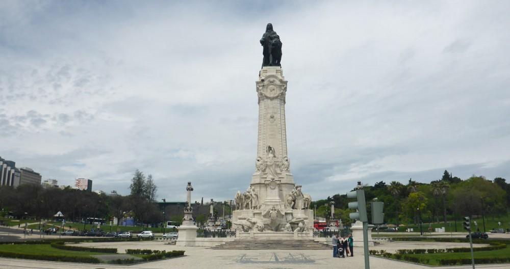 Ein Denkmal in Lissabon