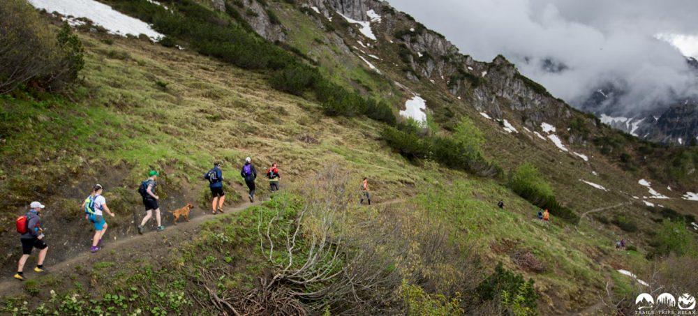 Trail hinab von der Kuhgehrenspitze
