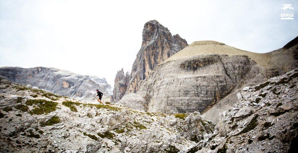Dennis mit Dolomiten-Panorama. Trailrunning in Südtirol ist der Wahnsinn.