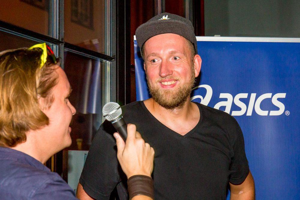 Jan-Erik erzählt von unserem ersten Kennenlernen beim WildForrest. (Foto: Inger Diederich)