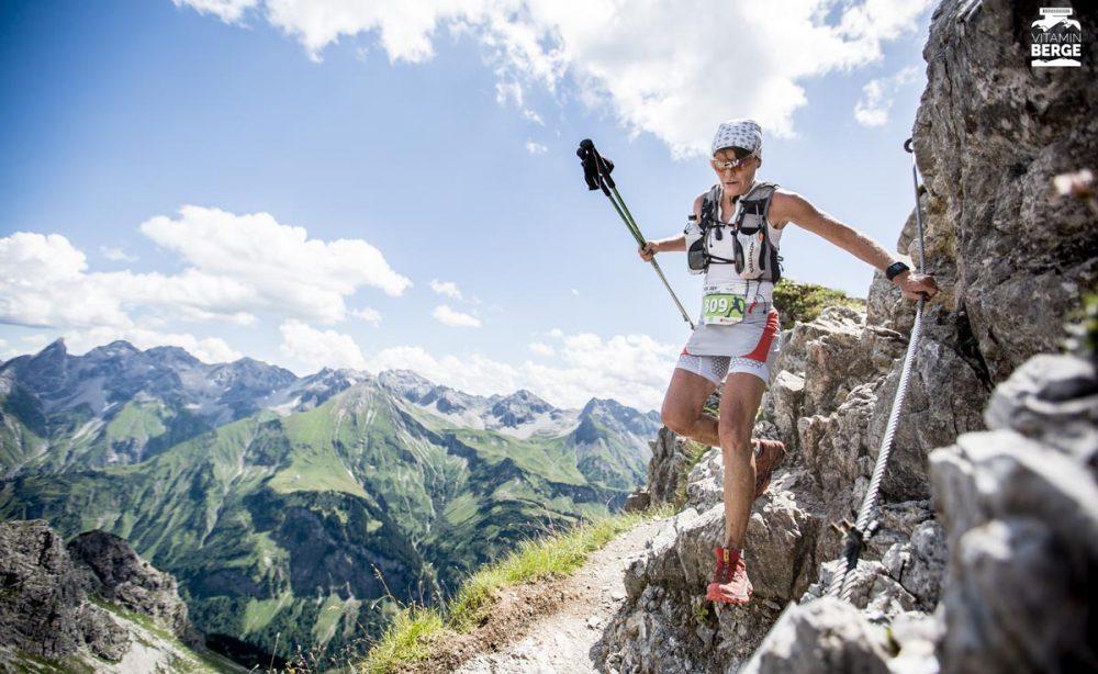Seilpassagen machen den Walser Trail zu einer zusätzlichen Herausforderung