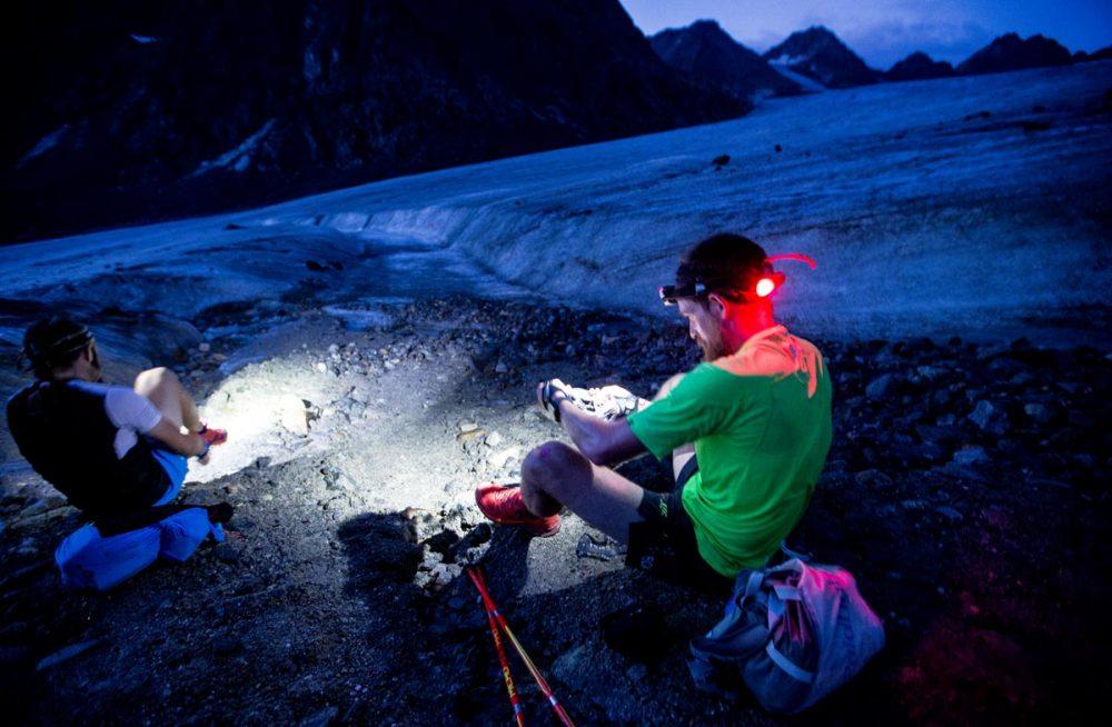 Die Führenden der P100 Wertung vor der Gletscherquerung