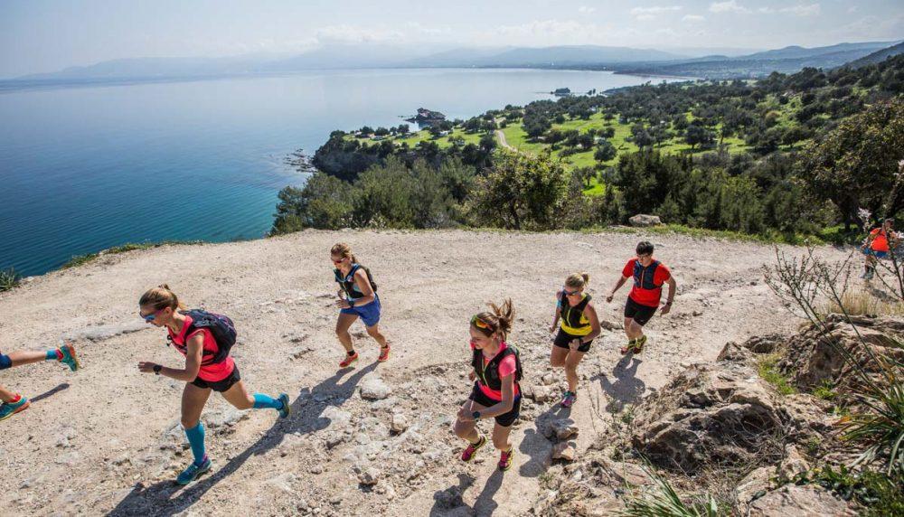 Laufen direkt an der Mittelmeer-Küste.