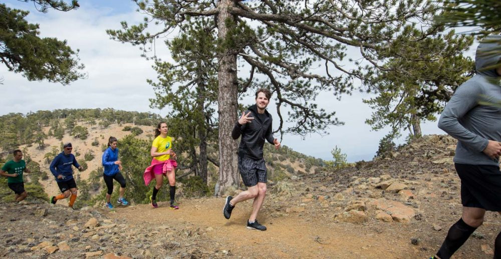 Supermodel David Koch beim Trailrunning