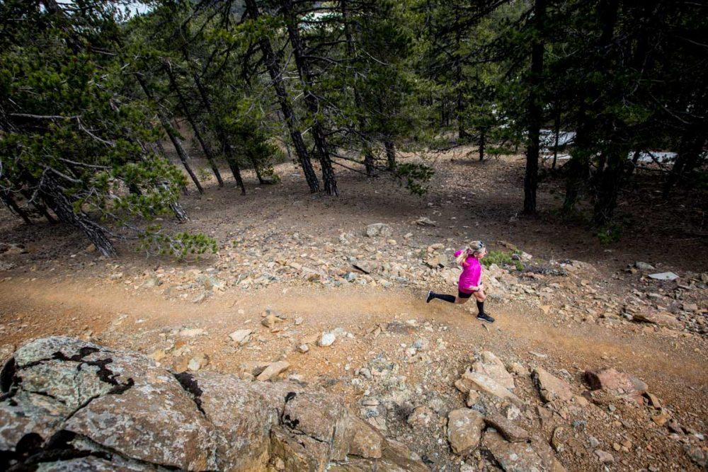 Sonja allein auf dem Trail