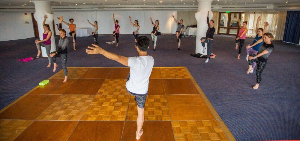 Einer von vielen Programmpunkten: Yoga mit Hie