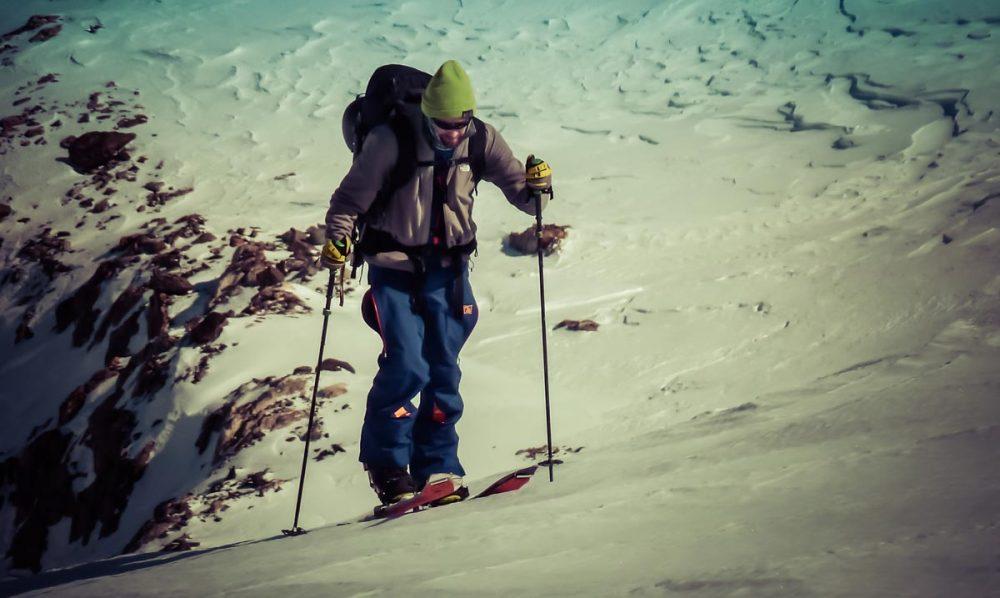 In seinem Element: Splitboard (Ski-Bergsteigen der Snowboarder)
