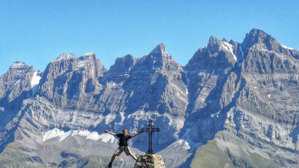 Gregor auf einer seiner vielen Wanderungen in den Alpen.